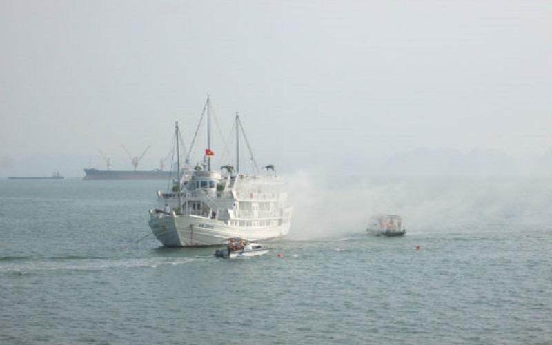 PCCC Đà Nẵng: Kỹ năng thoát hiểm khi du thuyền gặp hỏa hoạn