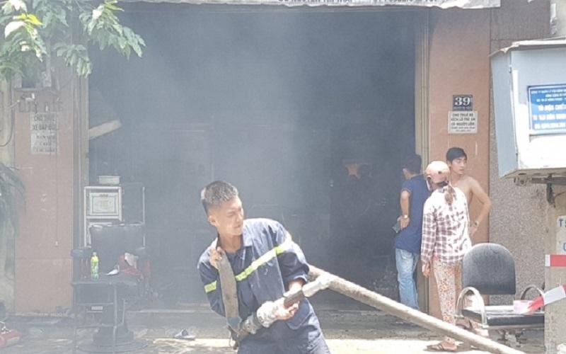 PCCC Đà Nẵng: Cả khu dân cư hoản loạn vì cháy lớn