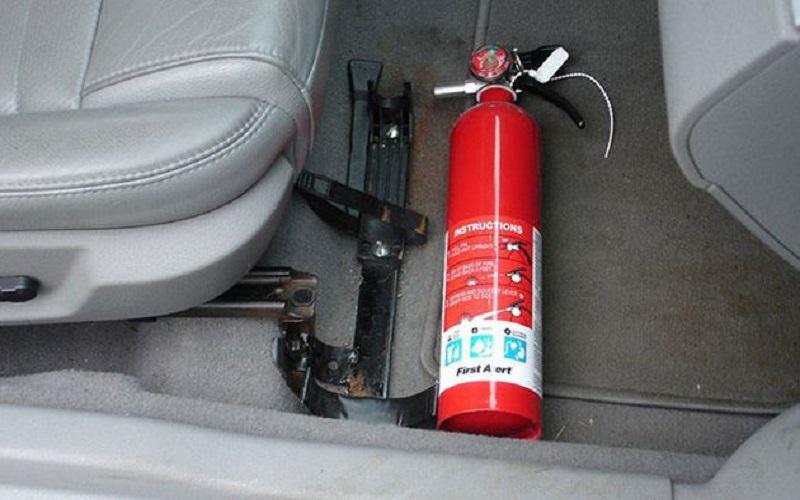 PCCC Da Nang: Hướng dẫn cách xử lý khi ô tô bị cháy