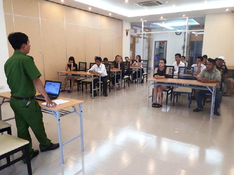 Tuyên truyền, huấn luyện về PCCC đối với các đơn vị cơ sở trên địa bàn thành phố